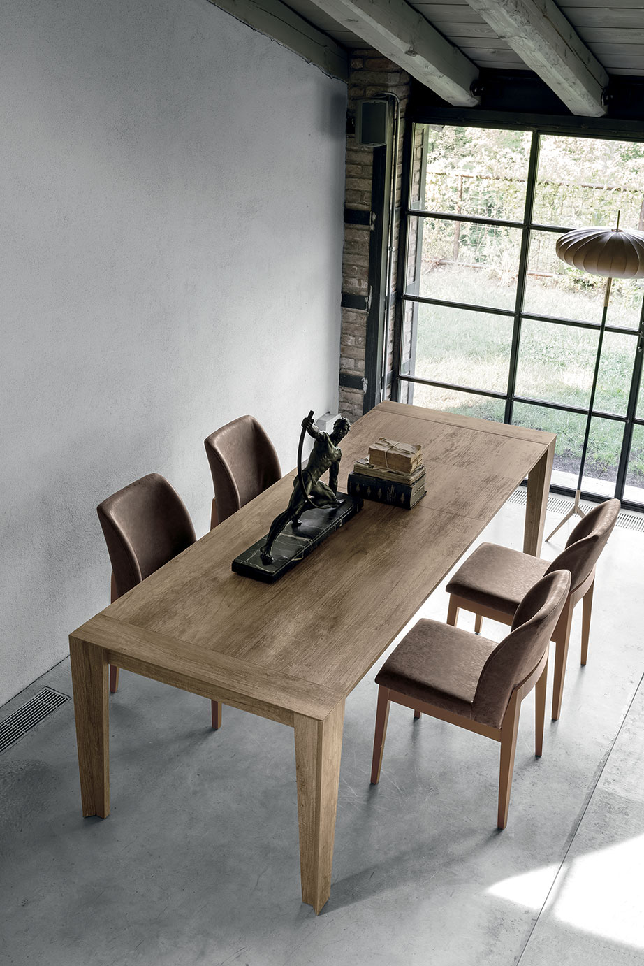LEVANTE Table • Target Point