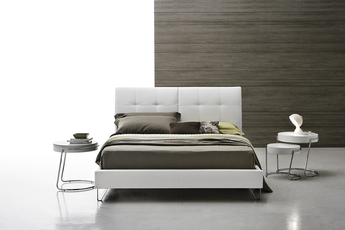 ASOLO Double bed • Target Point